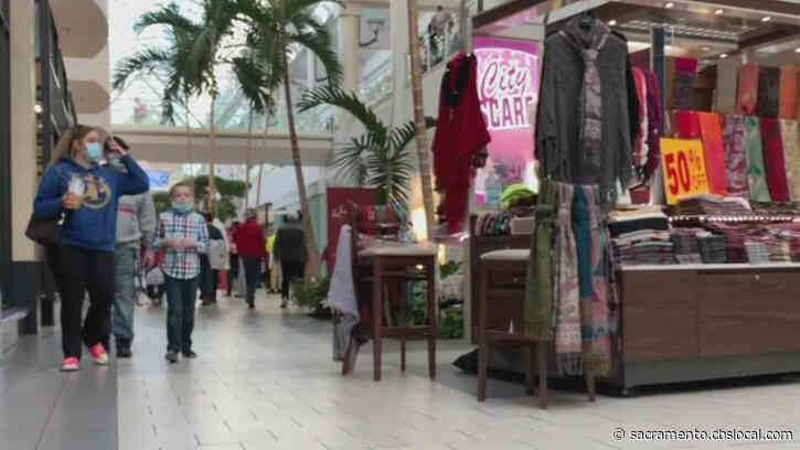 Holiday Shoppers Back To Business After Deadly Arden Fair Shooting Killed 2 On Black Friday