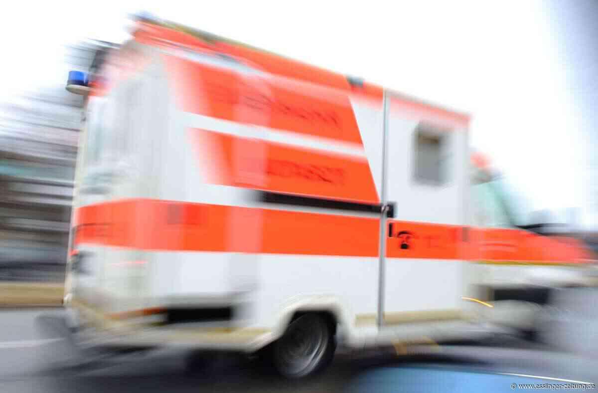 Unfall in Esslingen - Radfahrerin rammt unachtsamen Fußgänger - esslinger-zeitung.de