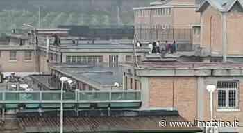 Salerno, all'interno del carcere trovati tre cellulari e droga - Il Mattino