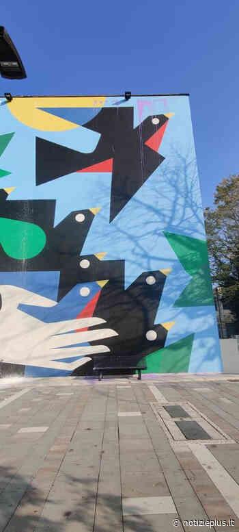 """San Dona' di Piave: vandalizzato """"Domani"""", il nuovo murales della scuola Ippolito Nievo - Notizie Plus - Notizie Plus"""