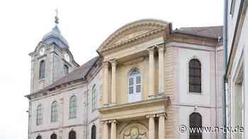 Bischöfe empört, Inzidenz sinkt: Hildburghausen macht sogar Kirchen dicht