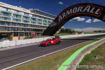 Porsche 911 GT2 RS smashes Bathurst lap record