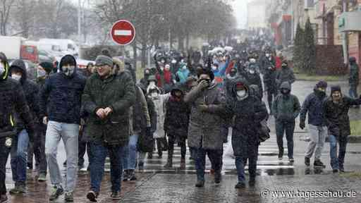 """Polizei verhaftet Hunderte Menschen beim """"Marsch der Nachbarn"""""""