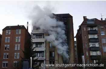 Brand in Stuttgart-Süd - Feuer in Wohnhaus – Feuerwehr rettet neun Menschen über Drehleitern - Stuttgarter Nachrichten