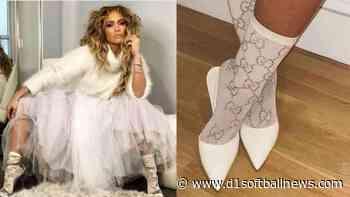 Jennifer Lopez and Rihanna share a taste for fashion - D1SoftballNews.com
