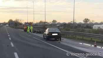 Incidente sulla Variante a Viareggio: grave un motociclista - Il Tirreno