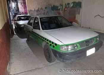 Hallan taxis metropolitanos en presa y en calles de Pachuca - La Silla Rota