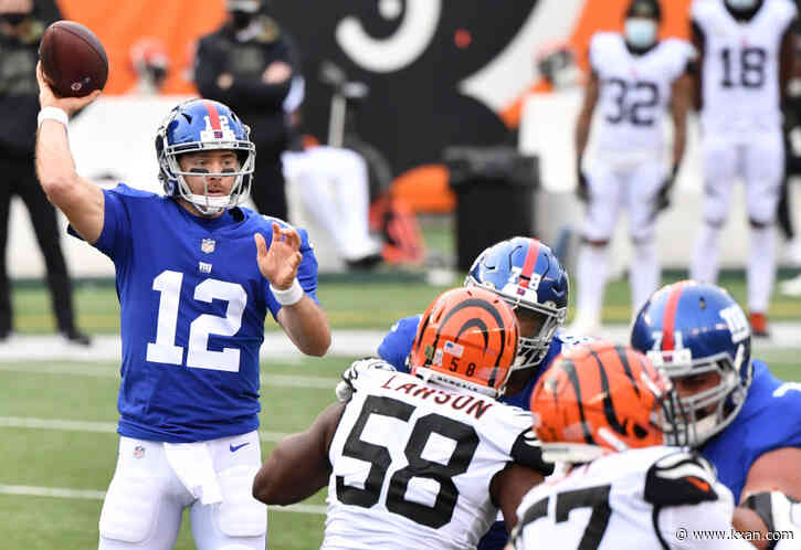 Around the NFL: Colt McCoy plays for Giants; Collin Johnson leads Jaguars receivers