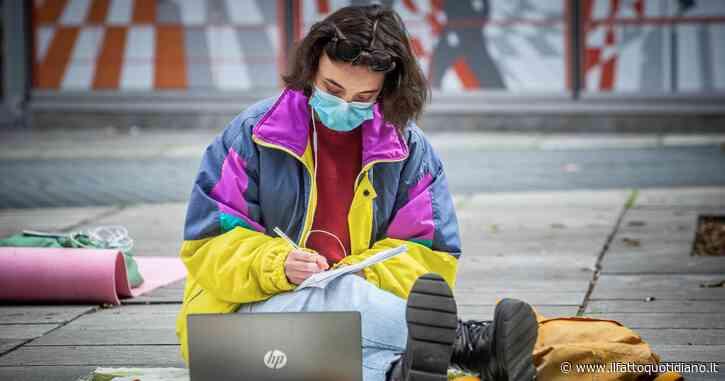 Cari ragazzi, invece di fare lezione al freddo perché non fate altro?