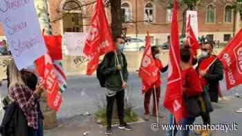 Il dramma dei 130 lavoratori della coop Zingari 59, senza stipendio da tre mesi: a rischio servizi per disabili e anziani