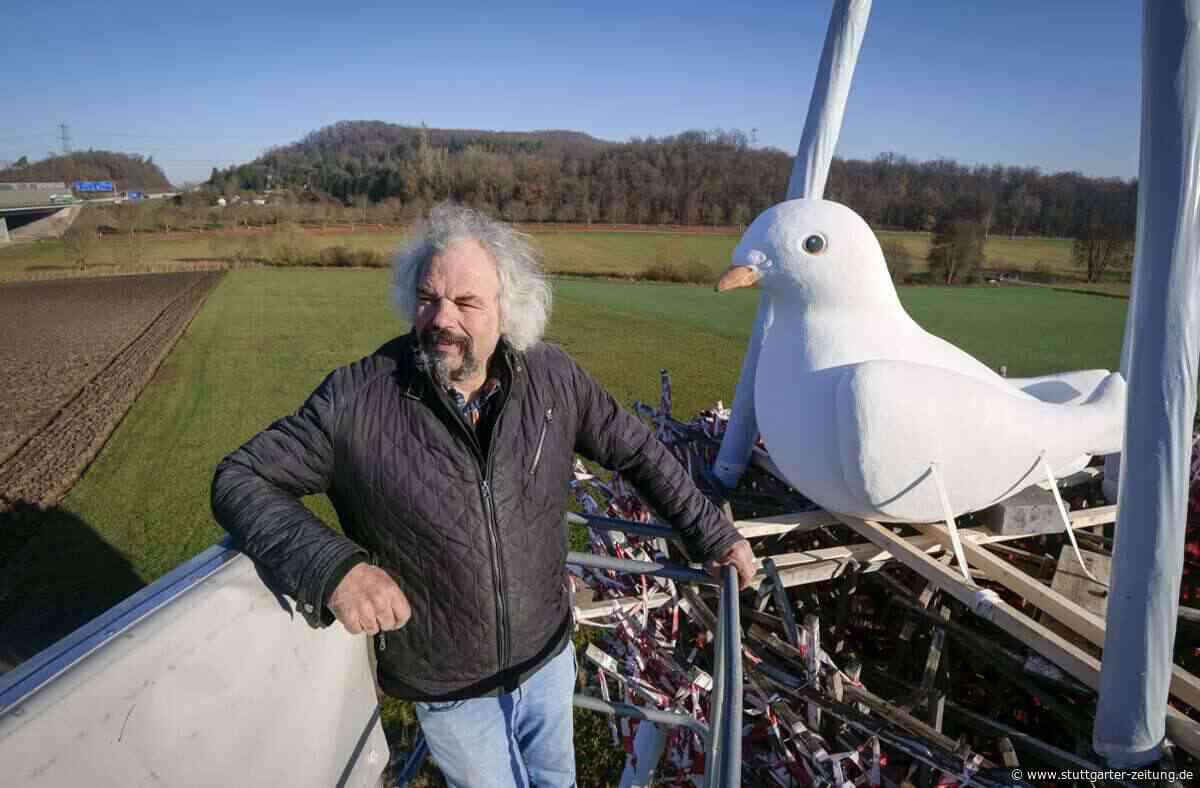 Nest-Skulptur bei Ehningen - Friedenstaube zum Fest - Stuttgarter Zeitung