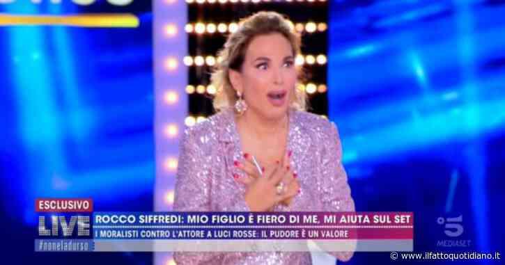 """Barbara D'Urso, la confessione a Domenica Live: """"Ho visto Pippo Baudo in mutande"""""""