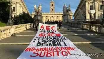 """Disabili, ex Aec in protesta: """"Cooperativa non ci paga la malattia"""". Pronta denuncia all'Ispettorato del lavoro"""