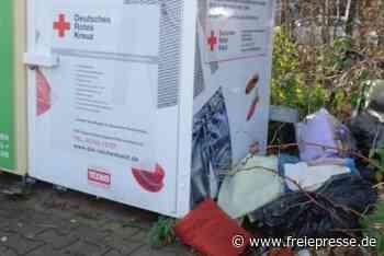 Altkleider-Container: Ekelfaktor beim Sortieren - Freie Presse