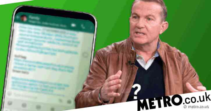 Bradley Walsh can't figure out Doctor Who group Whatsapp with Jodie Whittaker, Tosin Cole and Mandip Gill