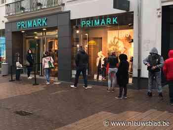 Er zijn nog zekerheden: de winkels zijn terug open en daar is de wachtrij aan de Primark