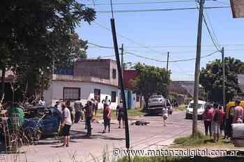 Isidro Casanova: una mujer, un niño y un joven murieron tras chocar su moto contra un camión - Matanza Digital