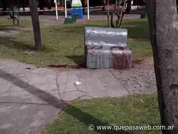 Degollaron a un hombre en una plaza de Los Polvorines - Que Pasa Web