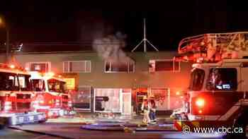 Man dead, another injured in overnight fire in Vancouver