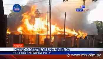 Incendio consume totalmente una vivienda en Itapúa Poty - Resumen de Noticias