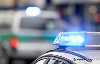 Auto fährt geparkten VW an − Bub im Wagen ist Zeuge - Passauer Neue Presse