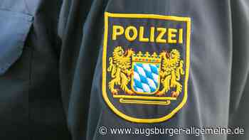 15-Jähriger stürzt in Neuburg vom Fahrrad: rotes Auto gesucht