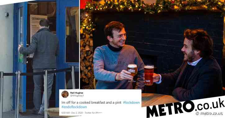 Drinkers hit pubs for early morning pints to celebrate end of lockdown