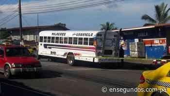 Asesinan a un hombre en un bus en Puerto Pilón – En Segundos Panama - En Segundos