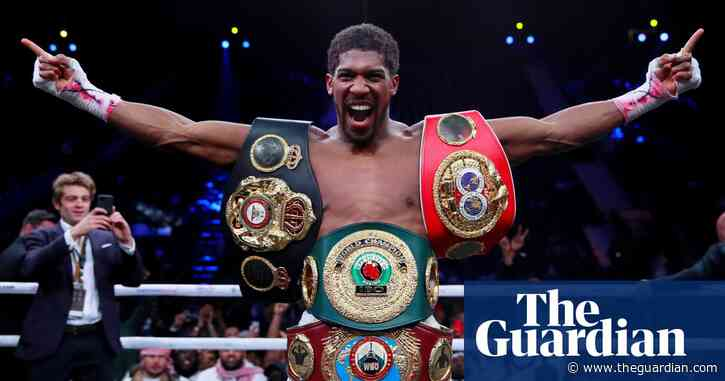 Anthony Joshua ready to take pay cut if he can fight Tyson Fury in Britain