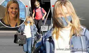 Reese Witherspoon takes private jet back to LA with family after Thanksgiving getaway to Nashville
