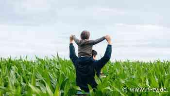 Auch gegen eigenen Willen: Vater muss sich mit Kindern beschäftigen