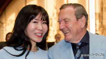 """""""Bei uns gibt es keine Gans"""": So verbringen die Schröders die Feiertage"""