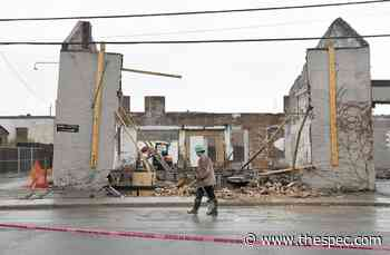 Building collapses on Dundurn Street South   TheSpec.com - TheSpec.com