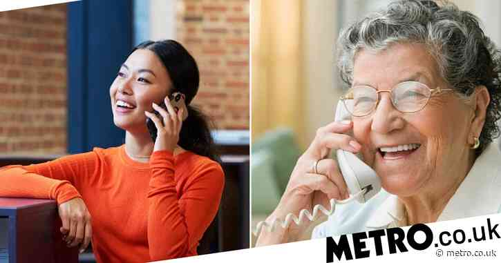 How to become an Age UK phone buddy this Christmas, and other volunteer initiatives to help lonely people