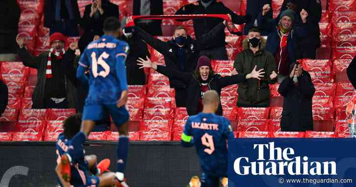 Arsenal and Lacazette thrive on fans' energy in stylish rout of Rapid Vienna