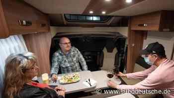 Corona-Lockdown: Restaurants bieten Dinner im Wohnmobil an - Süddeutsche Zeitung