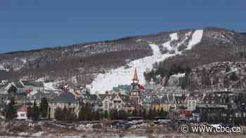 Montrealers, please don't have large Christmas gatherings up north, urges Laurentians mayor