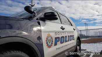 Boy, 16, tackled by three people during alleged armed robbery in Innisfil