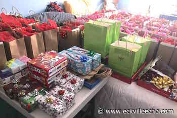 Rimbey woman gathering Christmas gifts for seniors at Valleyview Manor - Eckville Echo