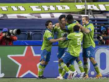 Bulls & Bears: Thriving Sounders show how it's done, on and off MLS pitch