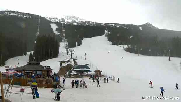 Lake Louise Ski Resort among latest COVID-19 outbreaks in Calgary zone
