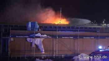 Brand in Malsfeld auf Kindergarten-Baustelle: Stichflamme auf dem Dach - HNA.de