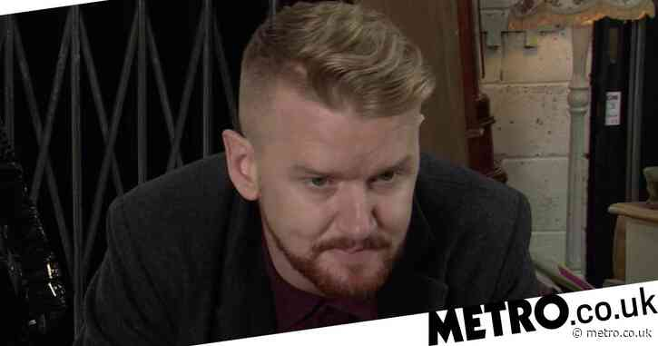 Coronation Street spoilers: Gary Windass' exit revealed as Rick Neelan's body is found?