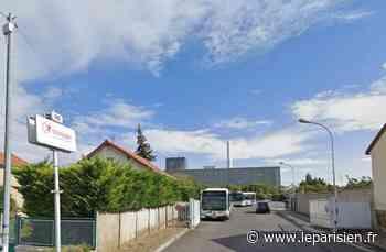 Yvelines : deux bus saccagés au dépôt Transdev de Montesson - Le Parisien