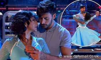 Strictly Come Dancing: Ranvir Singh and Giovanni Pernice dazzle with an incredible Viennese Waltz