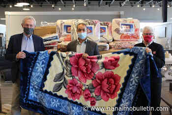 Furniture store donates 150 blankets to Salvation Army in Nanaimo