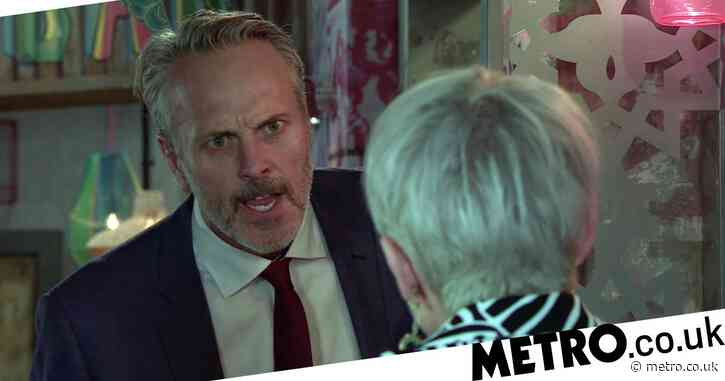 Coronation Street spoilers: Dangerous Ray Crosby loses it with Debbie Webster