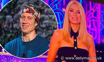 'Hurry home!' Vernon Kay pines for his wife Tess Daly as he watches her host Strictly