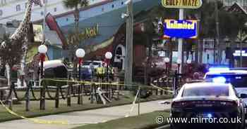 Two kids, 4 and 6, hit by car and killed while playing mini-golf with parents