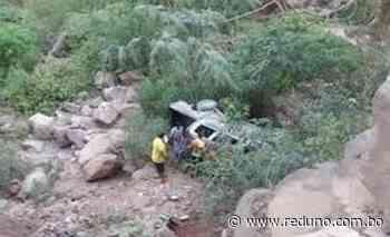 En la ruta Villamontes-Tarija una camioneta se embarrancó y dos personas perdieron la vida - Red Uno